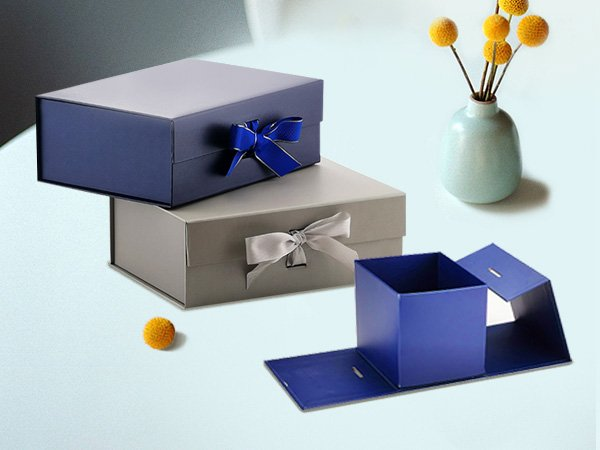 2 Magnetic Ribbon Gift Boxes and a Cube Box