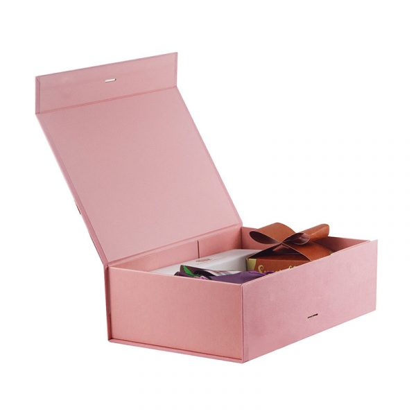 Magnetic Closure Pink Gift Set Wrapping Box